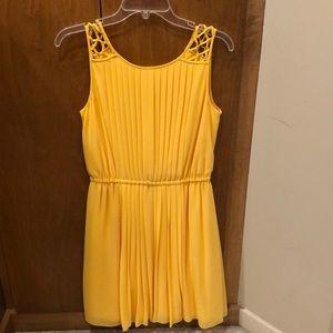 Jessica Simpson canary yellow pleated dress